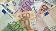 Steuereinnahmen wachsen immer stärker