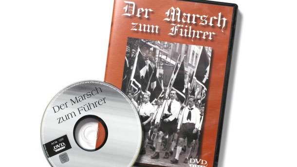 """Rechte Propaganda bei Weltbild - Sachaufnahme der DVD """"Die Jugend marschiert für den Führer"""", eines Propagandafilms aus der Zeit des 2. Weltkrieges, den es bei Weltbild frei zu kaufen gibt."""