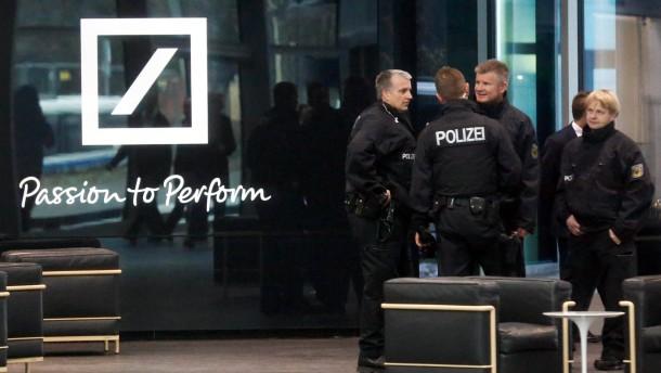 Razzia bei der Deutschen Bank