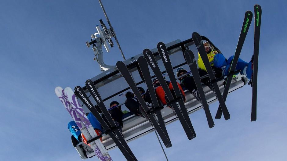Teure Auffahrt: Skiregionen haben investiert, die Preise für Liftkarten steigen.