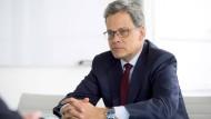 """""""Wir müssen unseren Radar einschalten"""": Manfred Knof, Vorstandsvorsitzender der Allianz Deutschland"""