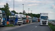 Deutschlandweites Problem: Zu viel Ware, zu wenig Fahrer.
