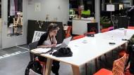 Von wegen Ich-Ag im Berliner Coworking Space: Junge Deutsche wollen vornehmlich beim Staat arbeiten. Das beunruhigt die Gründerszene.