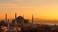 Politisch weit wichtiger als wirtschaftlich: Morgenrot über der türkischen Stadt Istanbul
