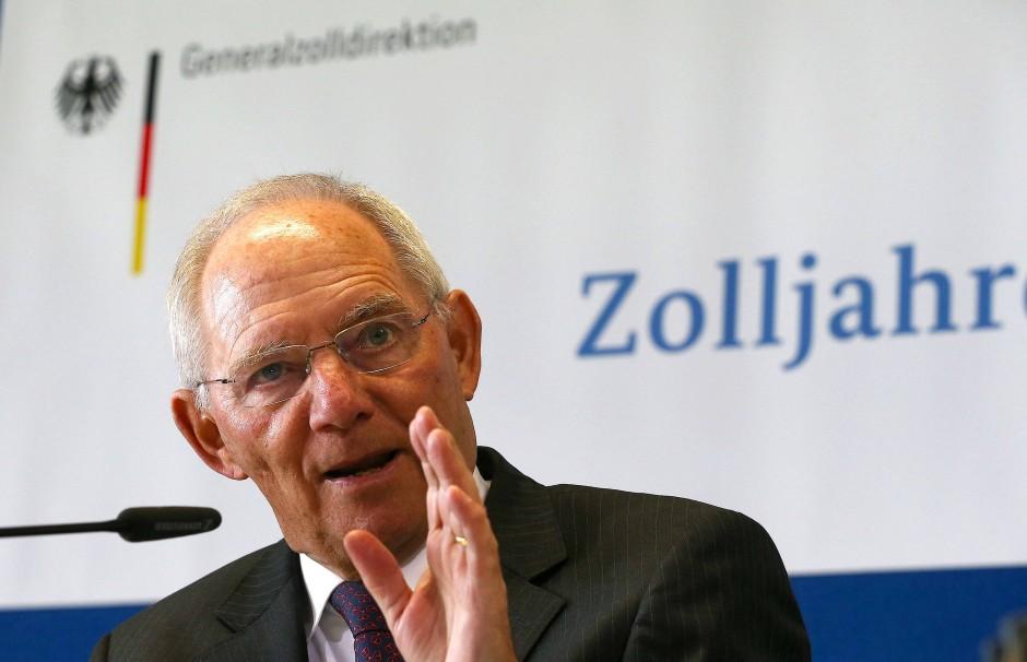 Von den von Finanzminister Wolfgang Schäuble versprochenen Steuersenkungen, soll vor allem die Mittelschicht profitieren.