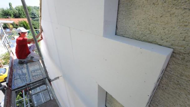 Verbände rufen zu Einigung bei Gebäudesanierung auf