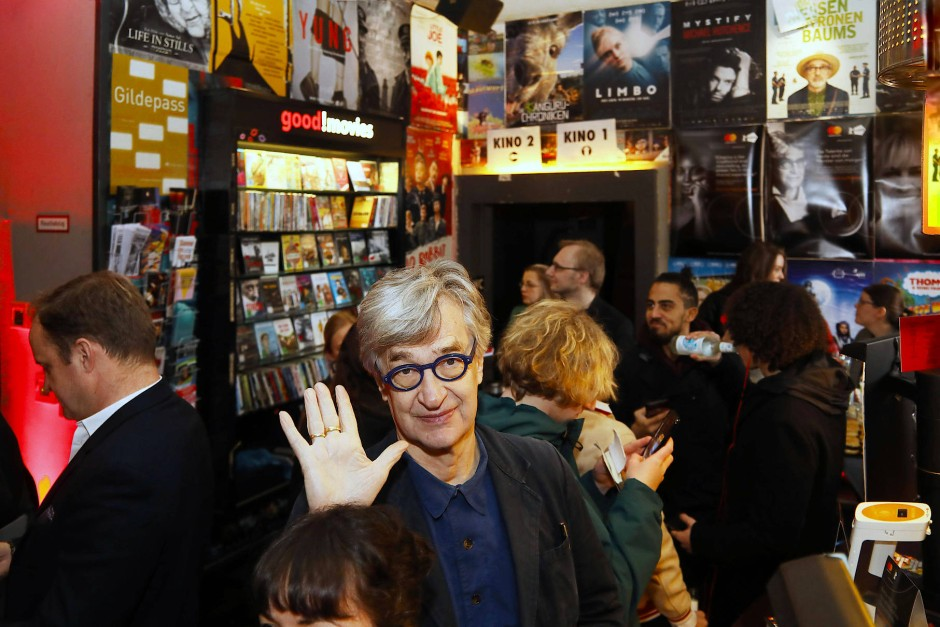 Vielleicht schafft es das 113 Jahre alte Moviemento dank der Crowd auch durch diese Krise. Prominente Unterstützer wie Wim Wenders, hier auf einer Solidaritätsveranstaltung, könnten in jedem Fall helfen.