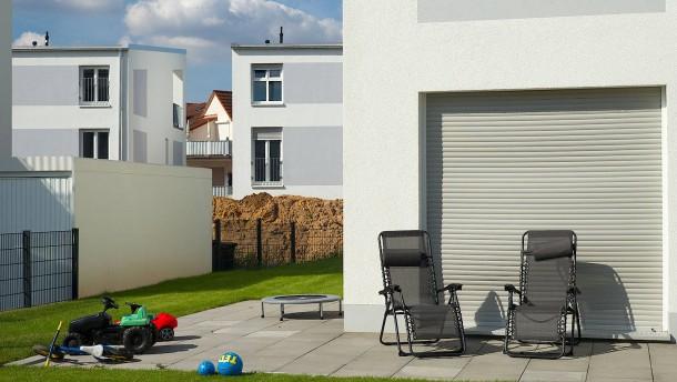 preise von einfamilienh usern steigen. Black Bedroom Furniture Sets. Home Design Ideas