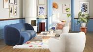Die dänische Sofa Company punktet mit runden Sesseln und Sofas, die an Seifenblasen erinnern.