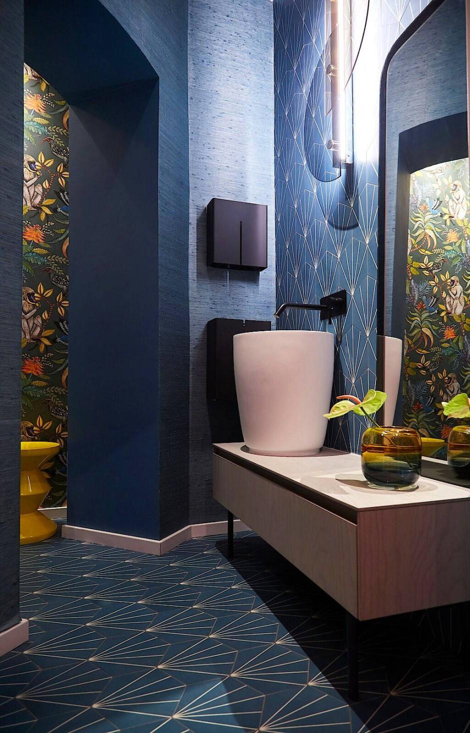 Große Bühne: Die Toilette ist neuerdings die Drama Queen des Hauses.