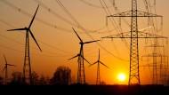 Windräder und Stromtrassen verändern das Landschaftsbild