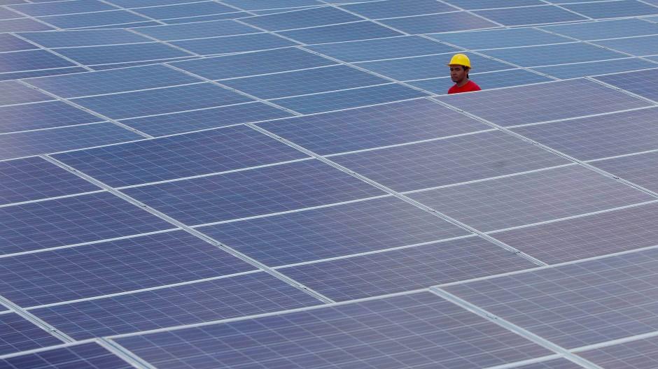 In Deutschland kommt werden bereits sieben Prozent des elektrischen Stroms von Photovolatik-Anlagen erzeugt. Tendenz steigend.