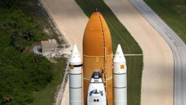 Discovery startet erst im Juli - Hubble wird repariert