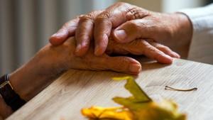 Kann Alzheimer übertragen werden?