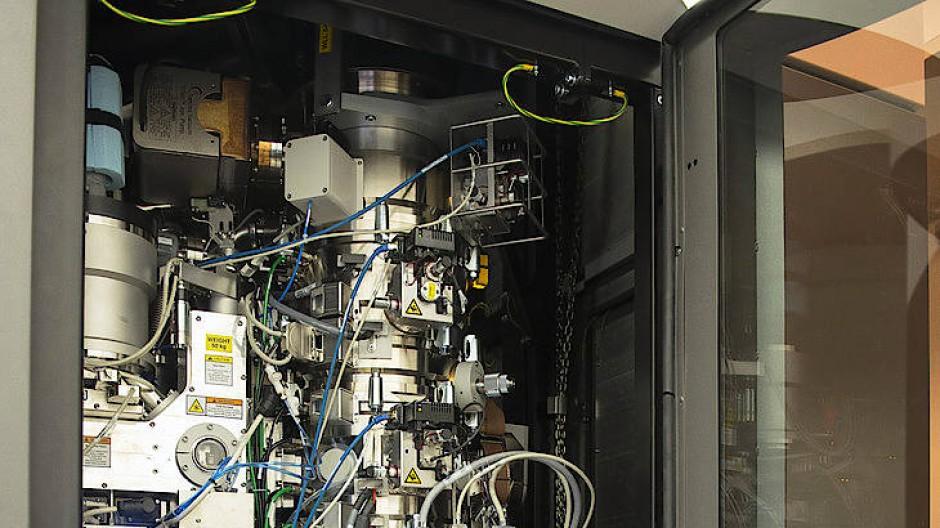 Modernes Kryo-Elektronenmikroskop