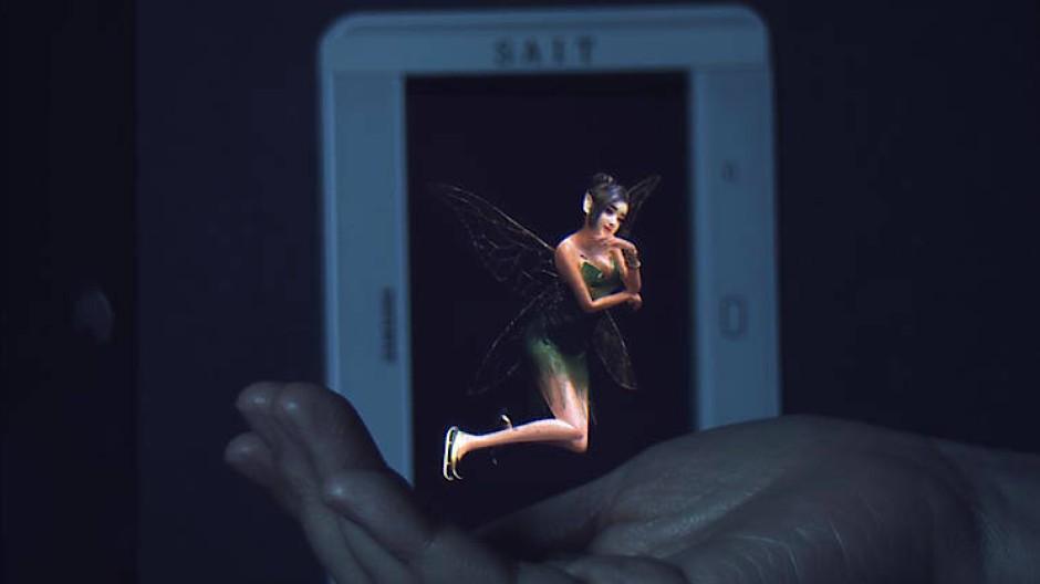 Tanzende Elfe in 3D: Das Hologramm und die Hand haben den gleichen Abstand zum Display.