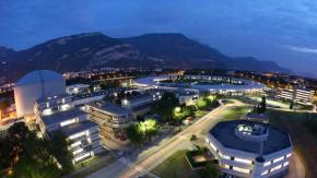 Institut Laue Langevin und die Europäische Synchrotronquelle ESRF in Grenoble