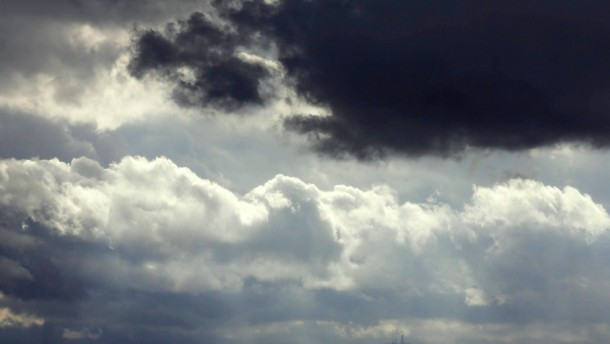 Tief zu verkaufen: Forscher suchen noch maennliche Namenspaten fuer Wetterlagen