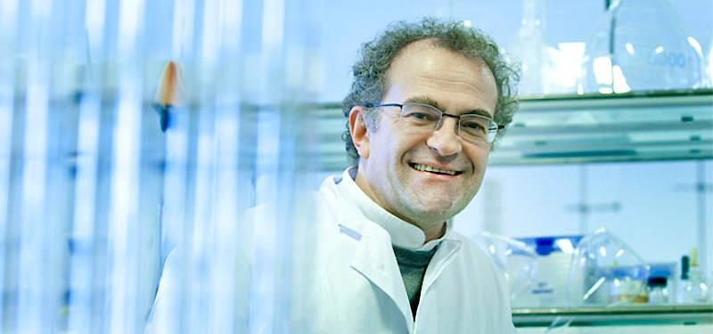 Klaus Kümmerer ist Professor für Nachhaltige Chemie und Stoffliche Ressourcen sowie Leiter des Instituts für Nachhaltige Chemie und Umweltchemie an der Leuphana Universität Lüneburg.