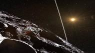 Der Asteroid Chariklo ist von einem filigranen Ringsystem umgeben. Als er am 3. Juni 2013  vor einem Stern vorbeizog, minderte auch dieses Ringsystem die Helligkeit des Sterns auf ungewöhnliche Weise.