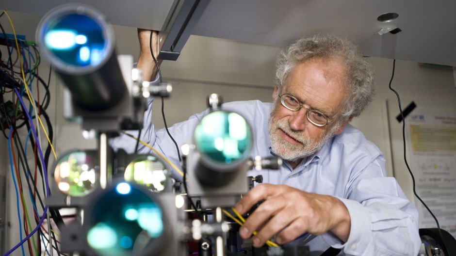 Quantenpionier Anton Zeilinger in seinem Labor in Wien