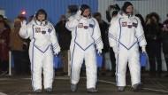 Auf dem Weg zur Raumstation: Thomas Pesquet (rechts)  Oleg Novitsky und  Peggy Whitson
