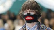Der Kampf gegen Rassismus wütet auch in der Modemetropole Mailand.