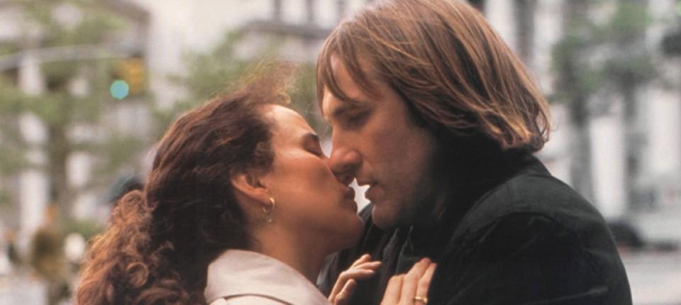 Erster Kuss während der Datierung Dating-Seiten wie airg