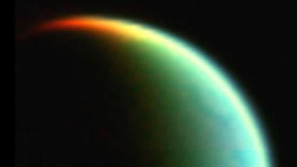 Titans bizarre Wüstenwelt