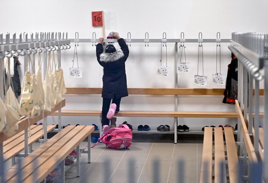 Einpacken in die verlängerten Ferien: Ab 14. Dezember sollen die Schulen geschlossen werden.