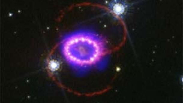 Großer Knall, langes Echo – 30 Jahre Supernova 1987A