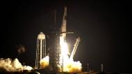 Vier amerikanische Astronauten unterwegs zur ISS