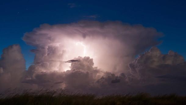 Dem Geheimnis der Blitze auf der Spur