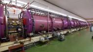 Der Unilac-Teilchenbeschleuniger der GSI liefert schwere Ionen an die Beschleunigeranlage FAIR.