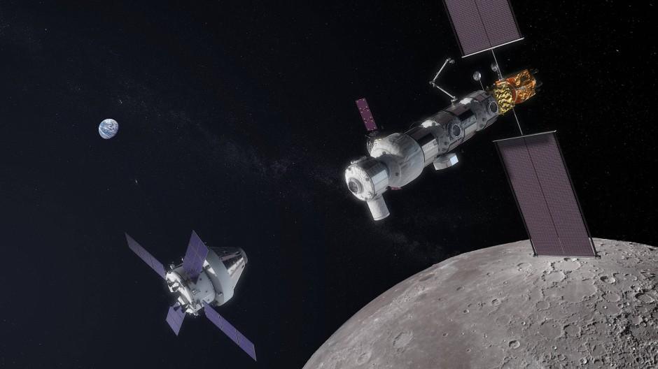 Das Lunar Orbital Platform-Gateway: Ein Orion-Raumschiff mit einem europäischen Versorgungsmodul nähert sich von links der Raumstation.