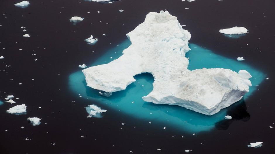 Ein Eisberg vor der Küste Grönlands.
