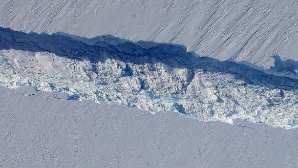 Ein Riss in der Antarktis