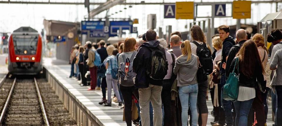 Warum Streikt Die Bahn