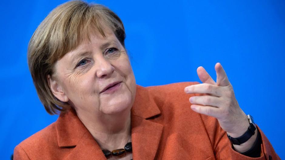 Unermüdliche Erklärerin: Als Physikerin kennt sich Angela Merkel mit den Tücken der Exponentialfunktion bestens aus.