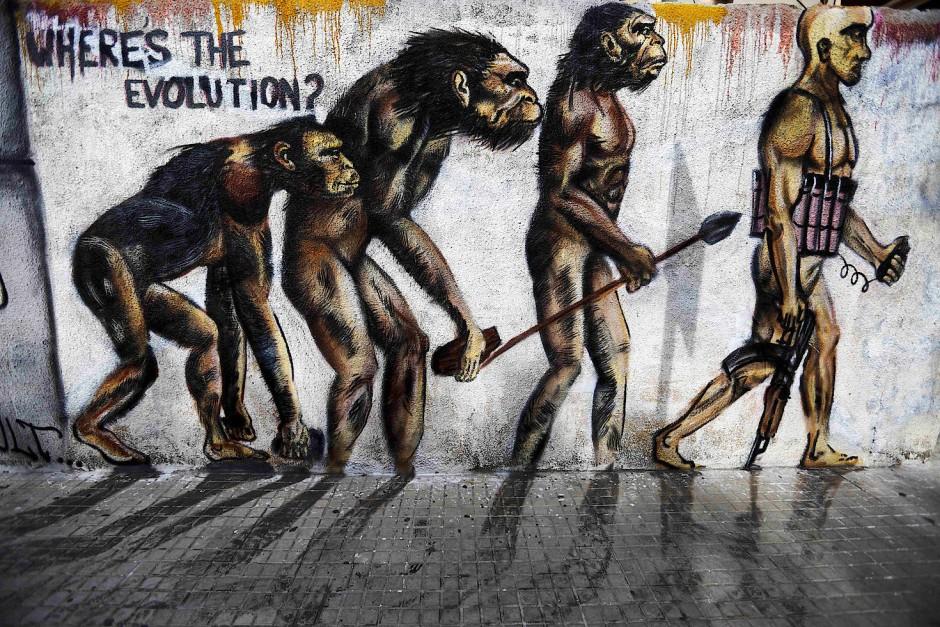 Wo ist da die Evolution? Wandbild in Beirut.