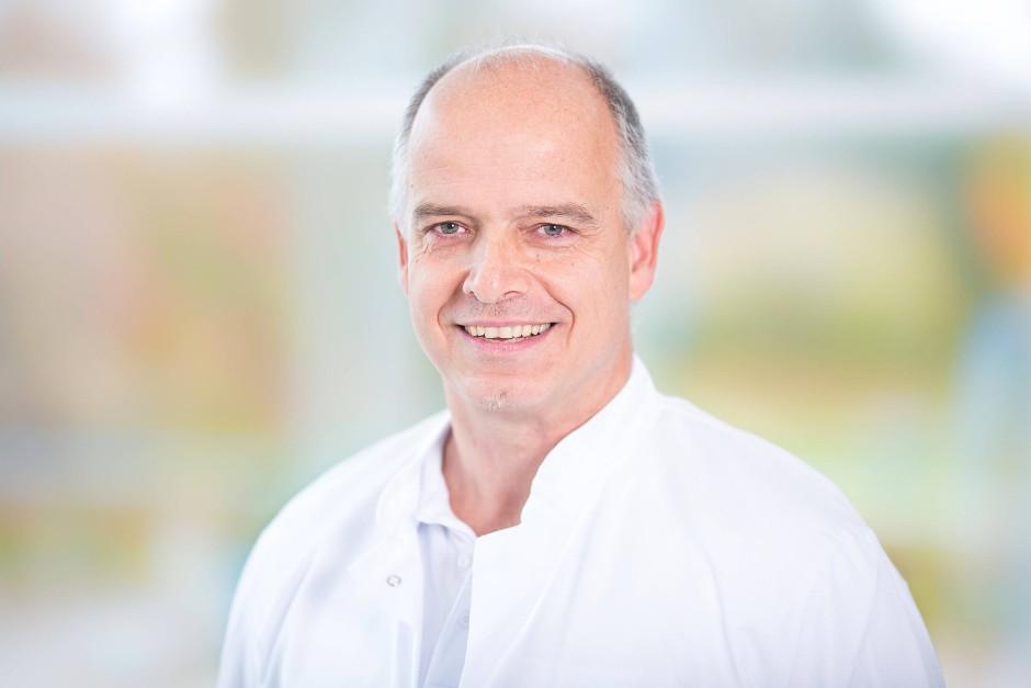 Dr. med. Manfred Harms, Oberarzt Helios Rosmann Klinik Breisach