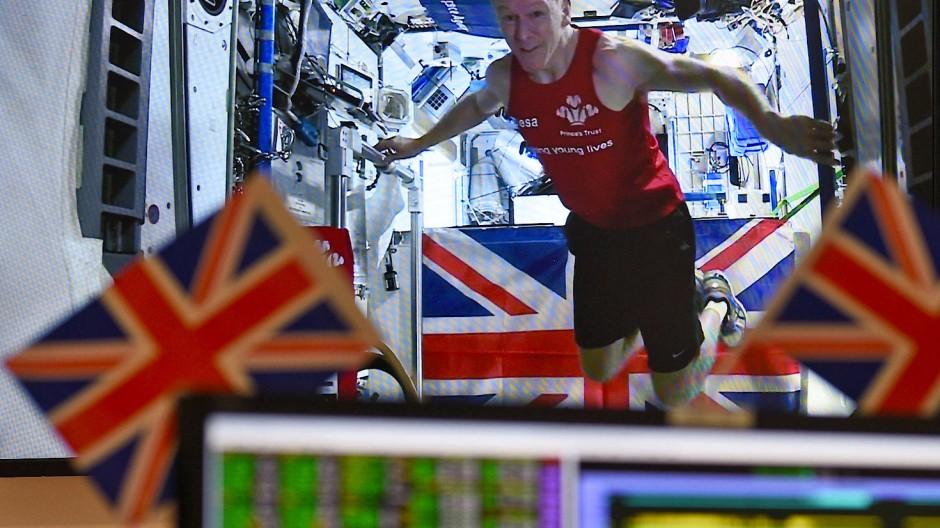Tim Peake gewinnt den London Marathon 2016 im All.