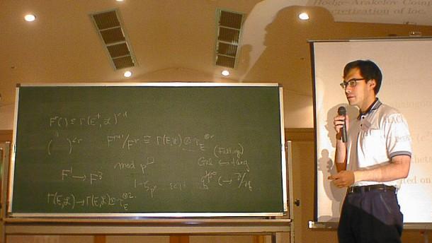 Zahlentheorie am Limit