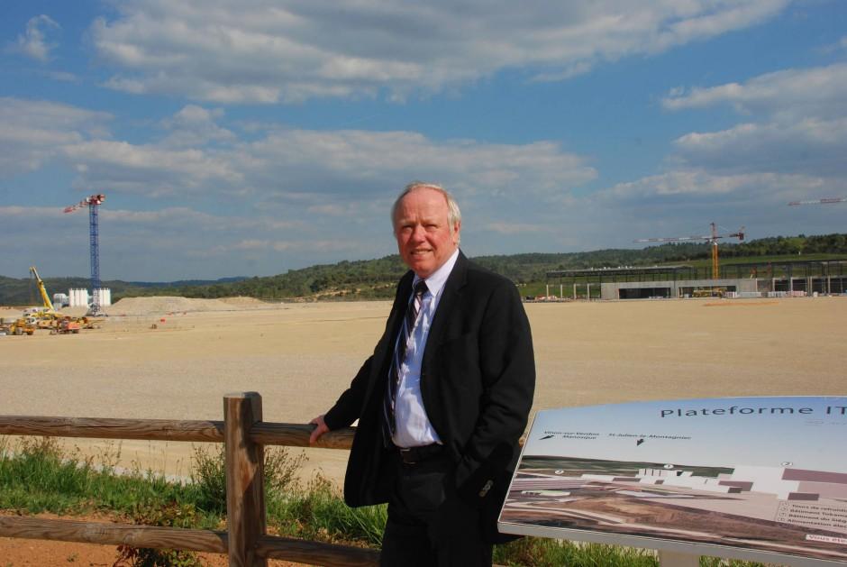 Remmelt Haange, Technischer Direktor von Iter, vor dem Baugelände im südfranzösischen Cadarache.