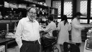 Der Genpionier David Baltimore in seinem Labor am Caltech in Pasadena