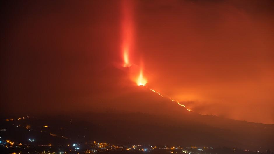 Eruptionsgeschehen an der Cumbre Vieja am Morgen des 8. Oktober 2021