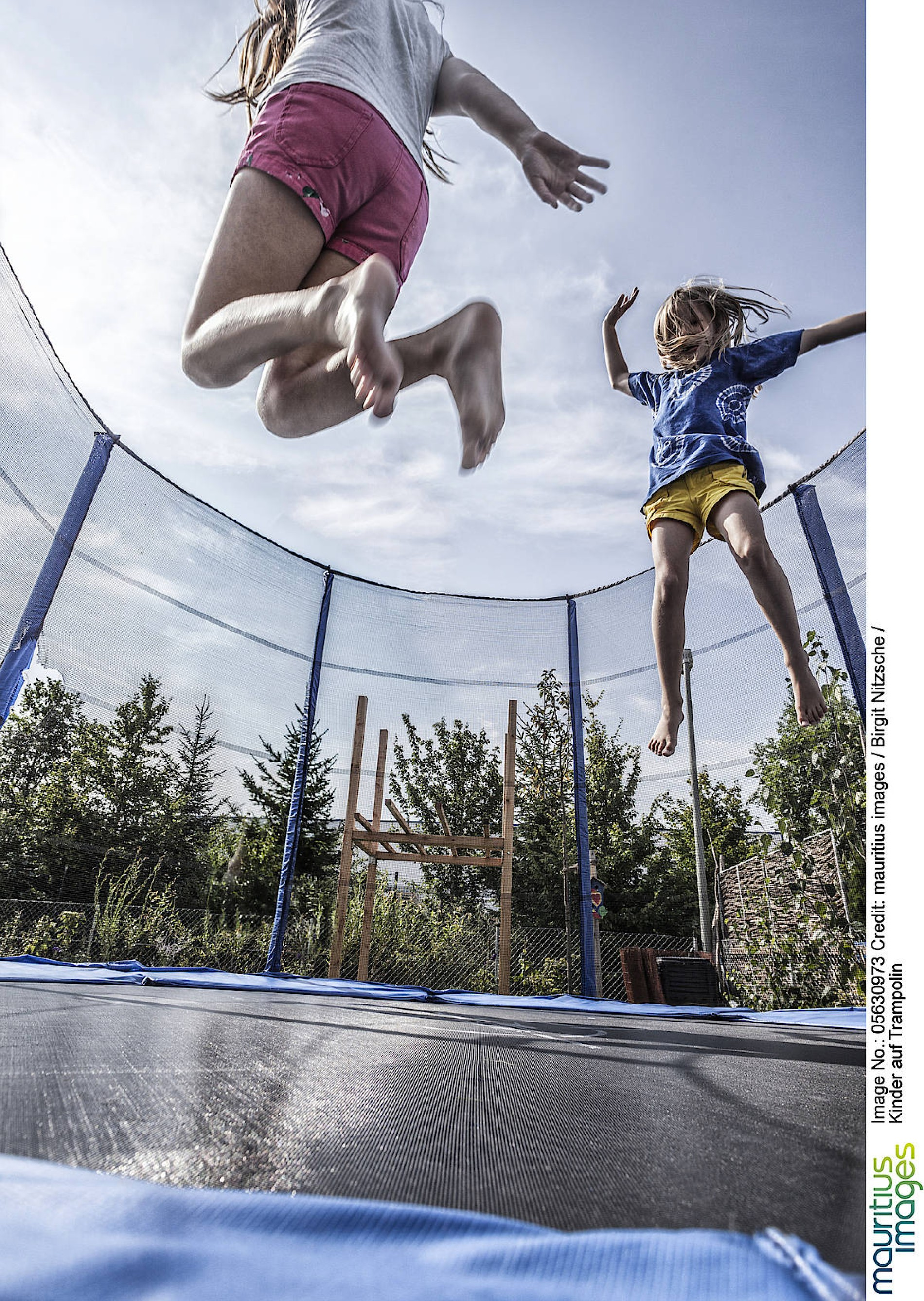 Kinder auf dem Trampolin: Bloß kein Salto mortale