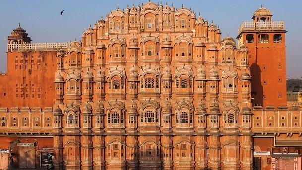 Der Palast der Winde in Jaipur – mehr Märchen geht kaum.