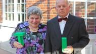 Seit mehr als 50 Jahren wohnen Rosel und Alfons Seliger in ihrem Haus auf dem Land. Auch mit mittlerweile über 80 Jahren können sie es sich nicht vorstellen, woanders zu leben.