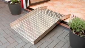treppen und schwellen barrierefrei gestalten besonders. Black Bedroom Furniture Sets. Home Design Ideas